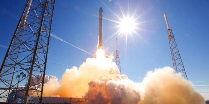 Çılgın milyarder Elon Musk Mars için kesin tarihi açıkladı