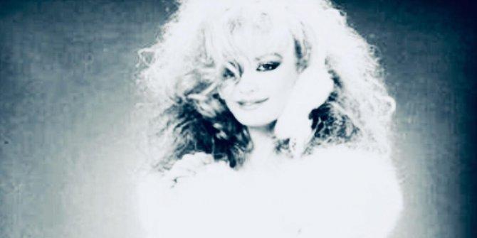 Hayatı boyunca acılarla savaştı. Şarkıcı Bergen'in hayatı film oluyor