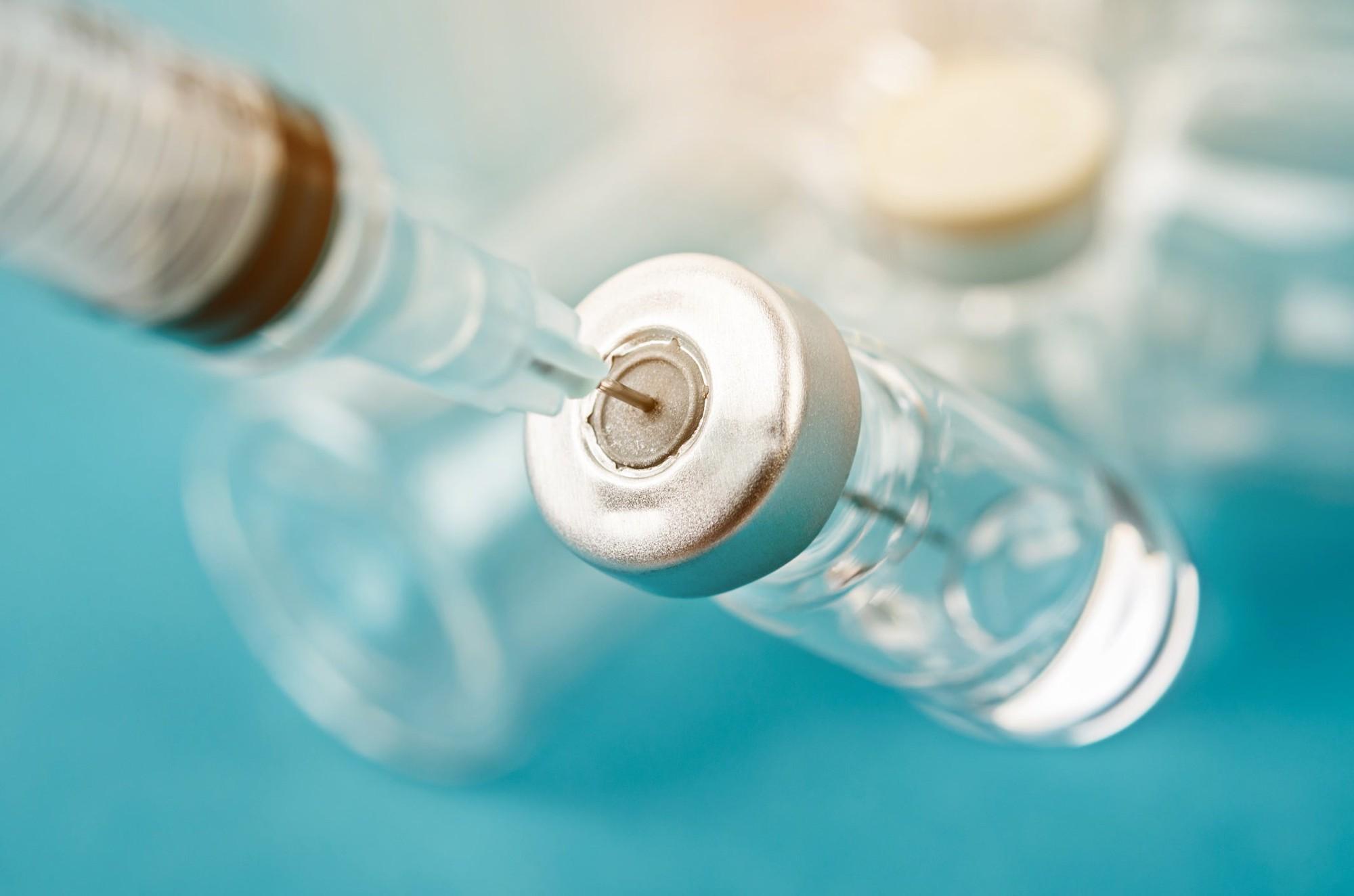 Almanya'daki Türk Prof. Uğur Şahin'in korona aşısı BioNTech-Pfizer Türkiye'ye neden getirilemez. Türk Eczacıları Birliği Başkanı acı gerçeği açıkladı