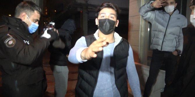 Hem yasak tanımadı hem de gazetecinin burnunu kırdı, kameralar anbean kaydetti, bekçiler bile engel olamadı