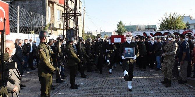 Zeytin Dalı bölgesinde şehit olan Uzman Çavuş son yolculuğuna uğurlandı