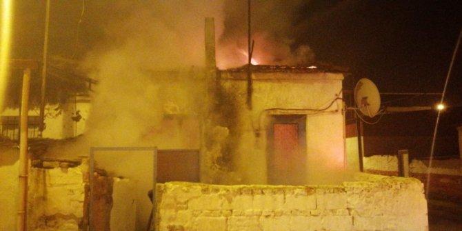 Aydın'da müstakil ev kül oldu