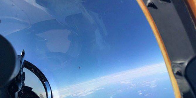 Uzaylılar gerçekten geldi mi. Savaş pilotu bir fotoğraf çekti, ortalık birbirine girdi