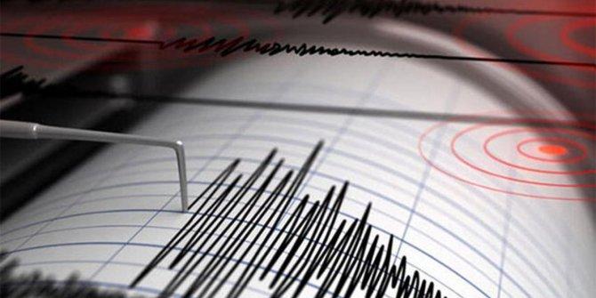Ege'de İzmirlileri korkutan deprem