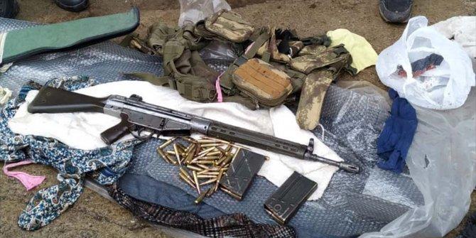 Çok sayıda silah ve mühimmat bulundu: 2 gözaltı