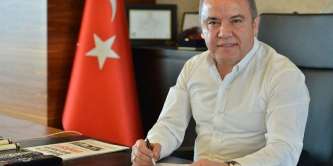 Muhittin Böcek'ten Antalya depremi açıklaması