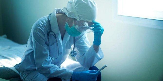 Bu ay 63 sağlık çalışanı koronaya yenik düştü