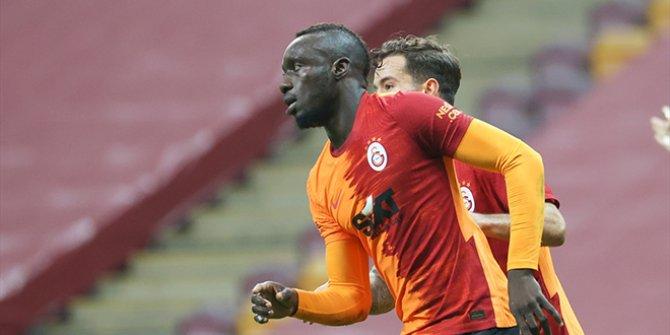 Galatasaray - Hatayspor'u rahat geçti. Keyifli mücadelede 3 gol ve 1 kırmızı kart