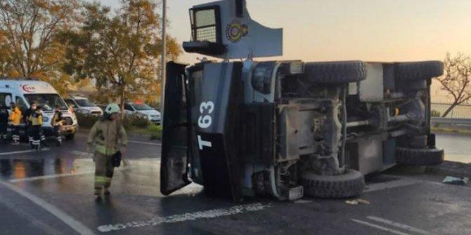 İstanbul'da TOMA aracı devrildi