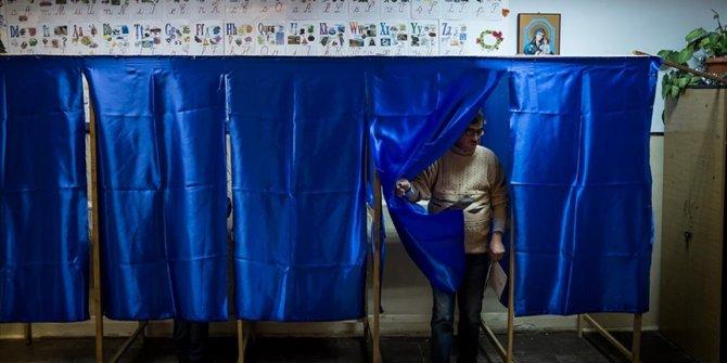 Romanya'daki genel seçimden koalisyon çıktı
