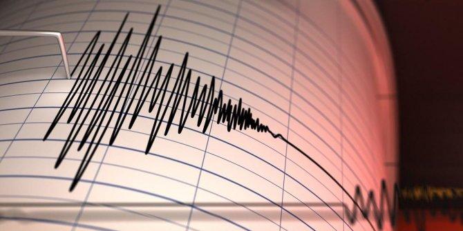 Filipinler'de 6.4 büyüklüğünde deprem meydana geldi