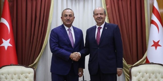 Mevlüt Çavuşoğlu KKTC Cumhurbaşkanı Ersin Tatar ile görüştü