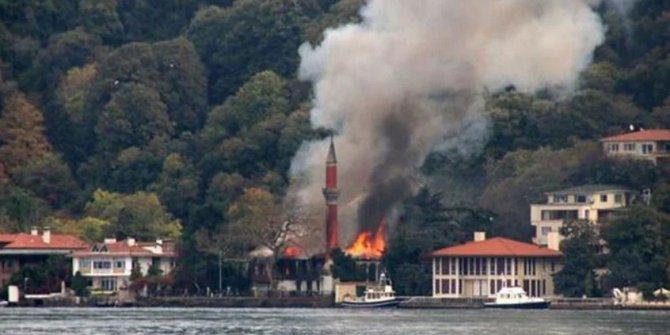 Vaniköy Camii'ndeki yangında kusurlu belli oldu