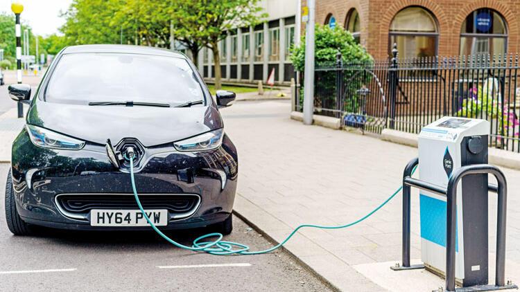 AB'de hedef  30 milyon elektrikli otomobil