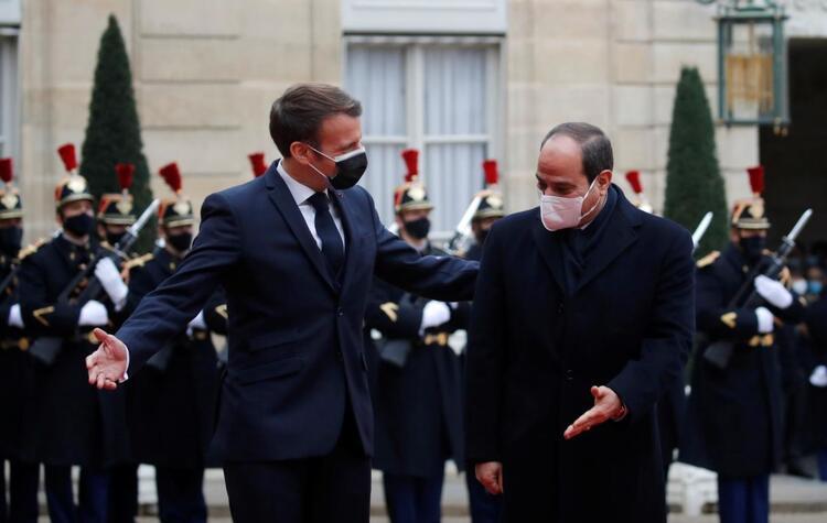 Fransa'da gizli skandal ortaya çıktı. Sisi'ye verilen onur nişanı herkesten gizlendi