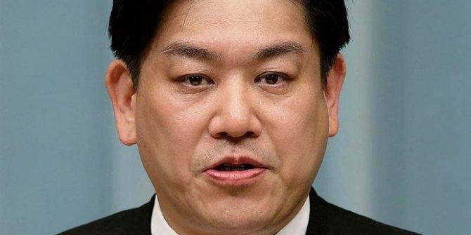 Japonya eski ulaştırma bakanı korona virüsten hayatını kaybetti