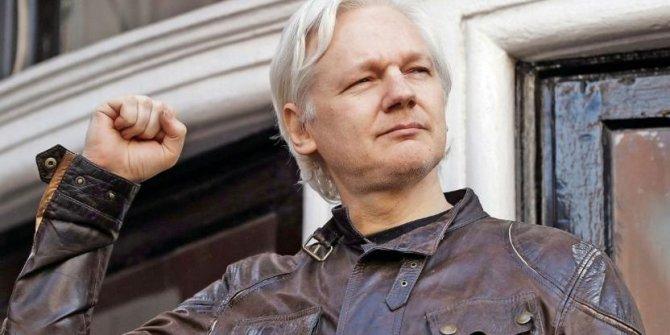Meksika'dan Julian Assange'a flaş teklif