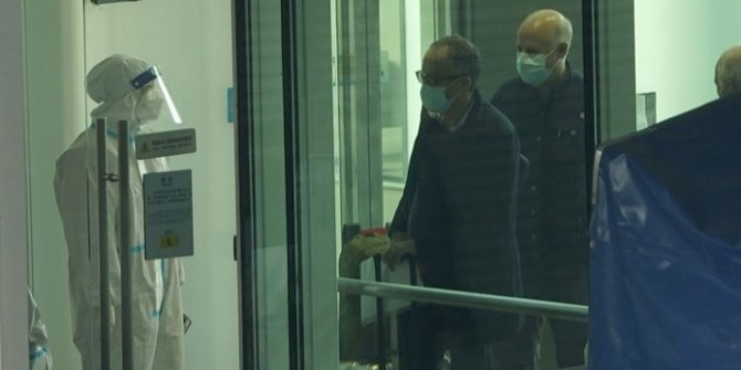 Dünya Sağlık Örgütü heyeti Çin'in Vuhan kentinde karantinada