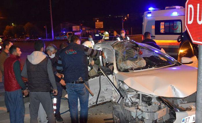 Antalya'da feci kazanın bilançosu ağır