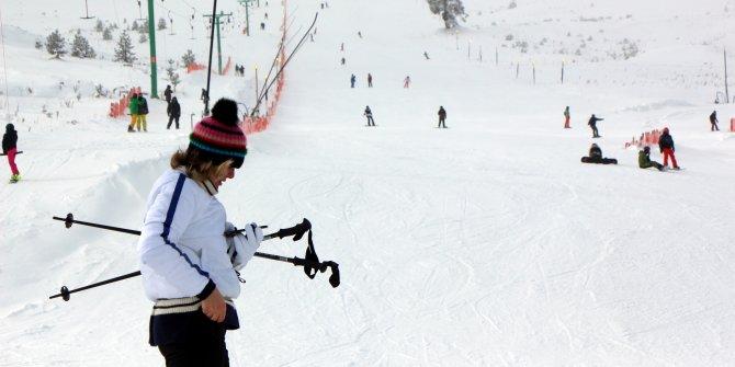 Bolu'da hafta sonu kayak keyfi