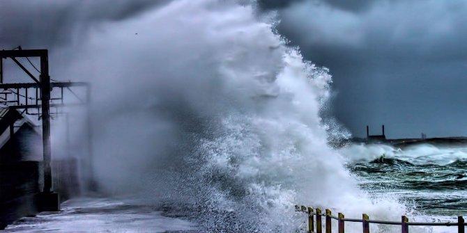 EDA Fırtınası Türkiye sınırlarına dayandı. Meteoroloji geri sayıma geçti