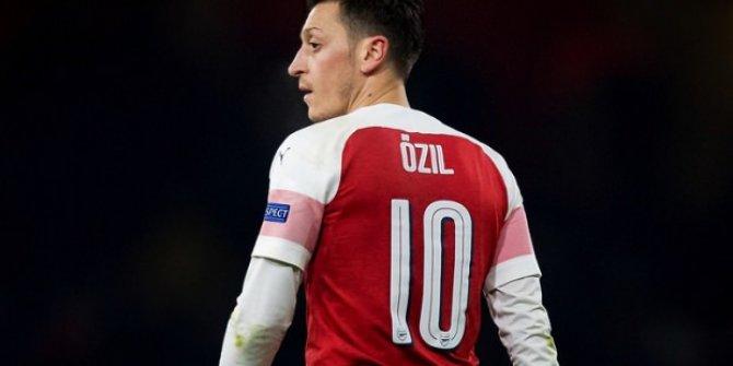 Fenerbahçe, Mesut Özil'i borsaya bildirdi