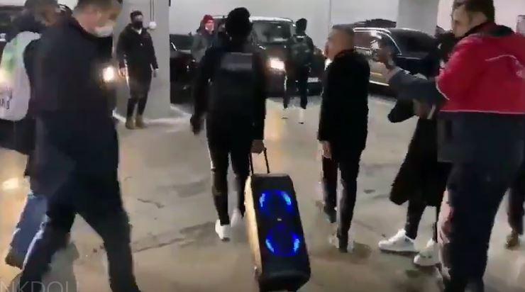 Galatasaray galibiyeti sonrası N'Koudou şov
