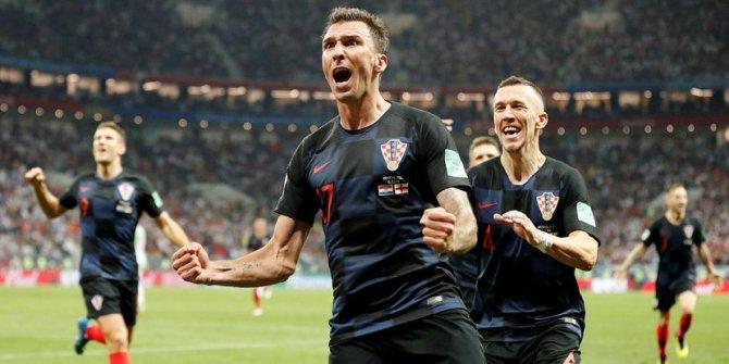 Mario Mandzukic Milan'a transfer oldu