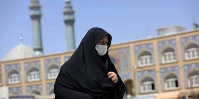 İran'da son 24 saatte koronadan 87 kişi hayatını kaybetti
