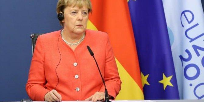 Almanya'da kısıtlamalar uzatıldı!