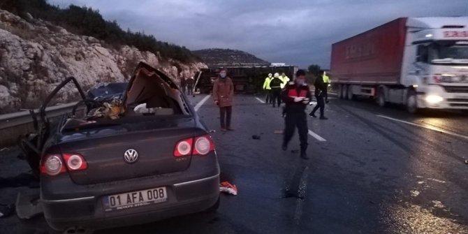 Pozantı-Ankara otoyolunda feci  kaza: 5 ölü, 2 yaralı
