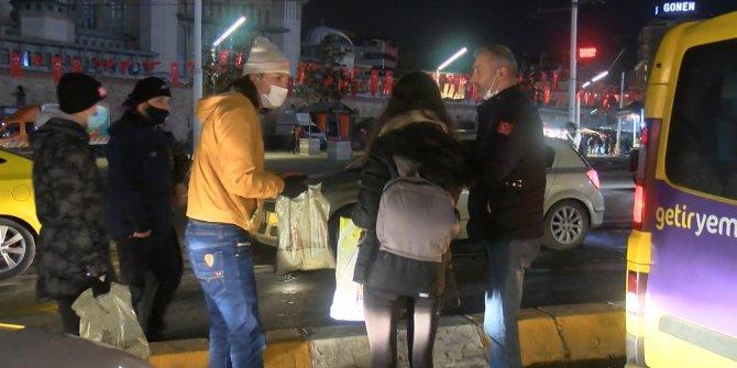 Taksim'de genç kız elini cebine attığında şoku yaşadı