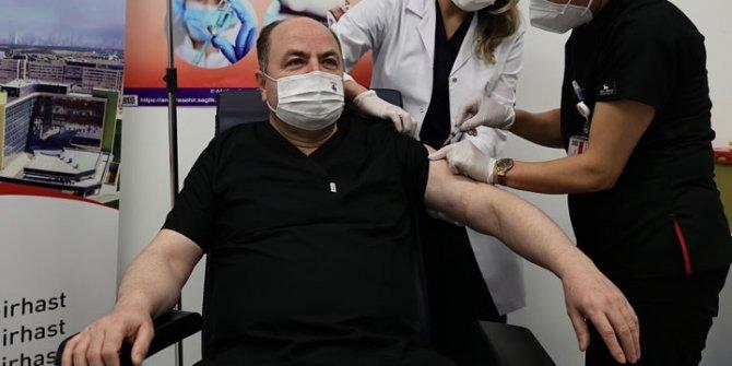 ANAP Genel Başkanı da kontenjandan aşı oldu