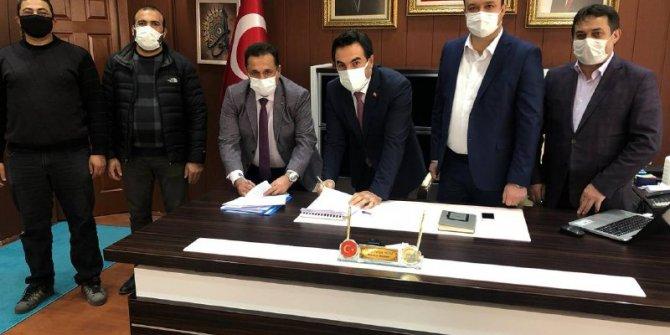 AKP'li Şarkışla belediyesi işçilerin maaşlarına yüzde 50 zam yaptı. Toplu sözleşme imzalandı!