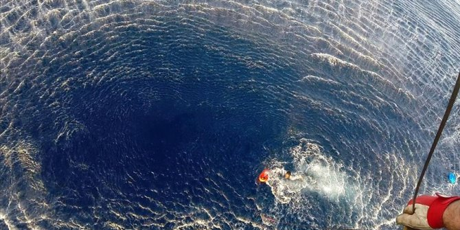 Libya açıklarında göçmenleri taşıyan tekne battı. En az 43 ölü