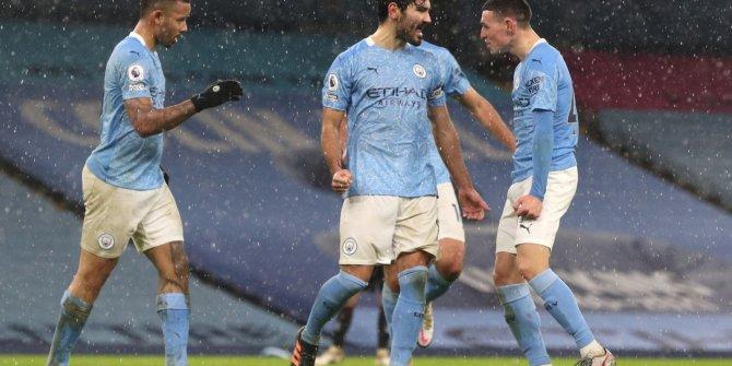 İngiltere'de Manchester City'nin gecesi