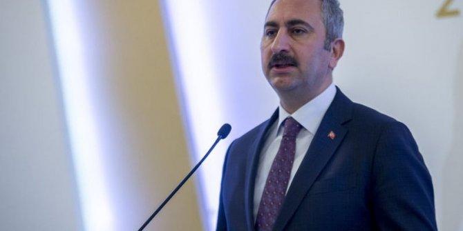 Süleyman Soylu'nun attığı tweete Adalet Bakanı Abdulhamit Gül'den  zehir zemberek yanıt. Bakanlar arasında büyük gerilim!