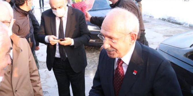 Kılıçdaroğlu Düzce'de temaslarda bulundu