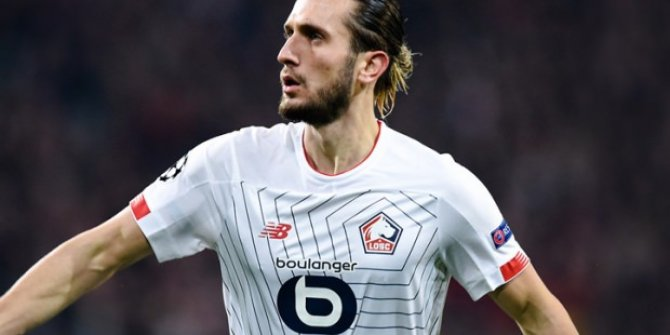 Yusuf Yazıcı Fransa'da  aralık ayının futbolcusu seçildi