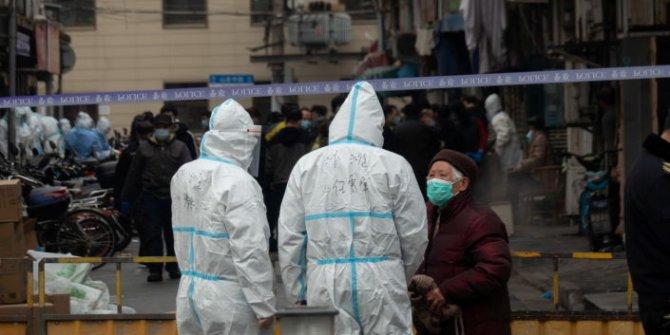 Çin'in Şangay kentinin en tanınmış iki hastanesi karantinaya aldı