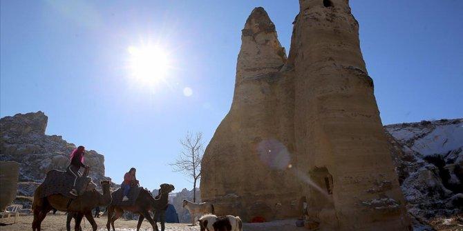 Kolombiyalı ve Meksikalı turizmciler Kapadokya'da