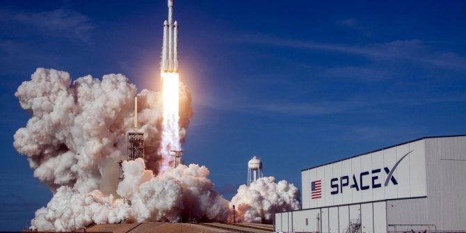 SpaceX'ten dikkat çeken karar! Erteledi