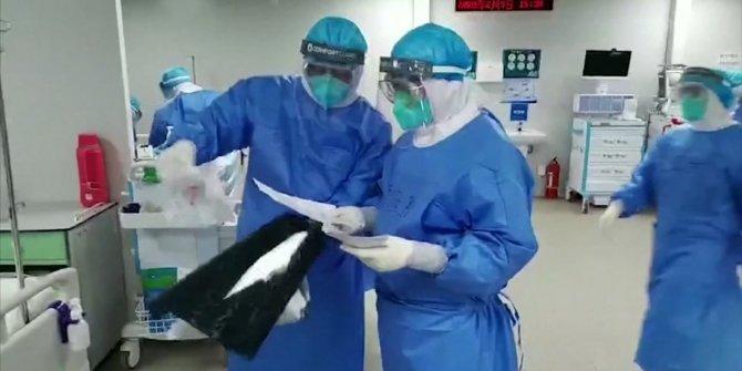 Sağlık çalışanında mutasyona uğramış korona paniği