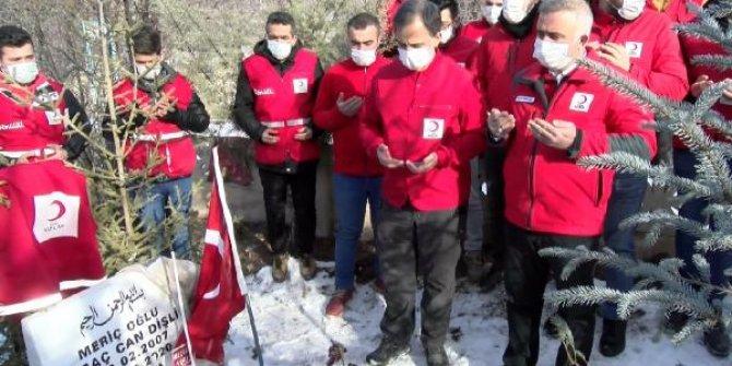 Elazığ depreminde hayatını kaybedenler anıldı