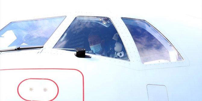 Bakan Akar yeni uçağı inceledi. P-72 ilk görev uçuşunu gerçekleştirdi