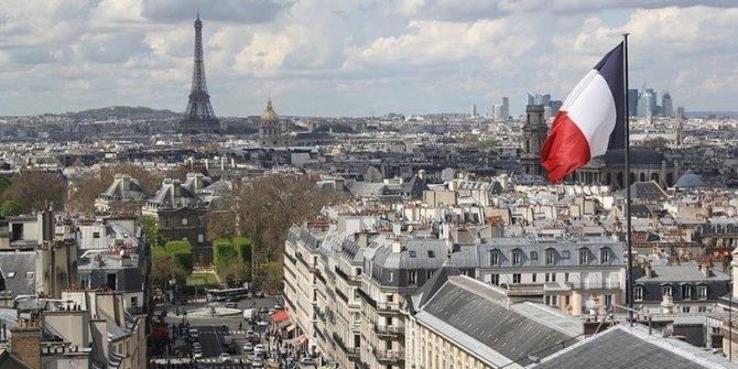 Fransızlar kıtlık endişesiyle gıda stokluyorlar
