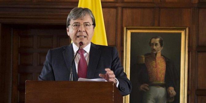 Kolombiya Savunma Bakanı koronadan öldü