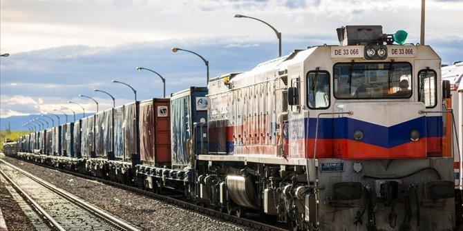 Türkiye-İran demir yolu taşımacılığında hedef 1 milyon ton yük