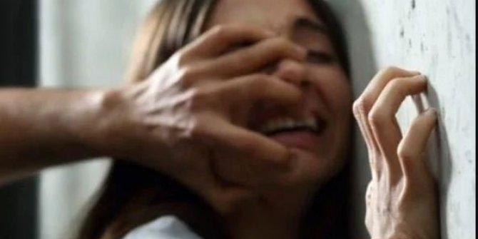 İstanbul'da iğrenç olay 2 kız çocuğuna tecavüz. Yardıma gittikleri evde dehşeti yaşadılar