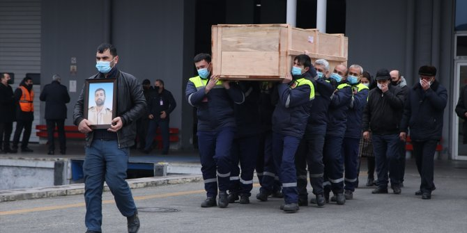 Mozart gemisinde hayatını kaybeden Azerbaycanlı mürettebatın cenazesi Bakü'ye ulaştı